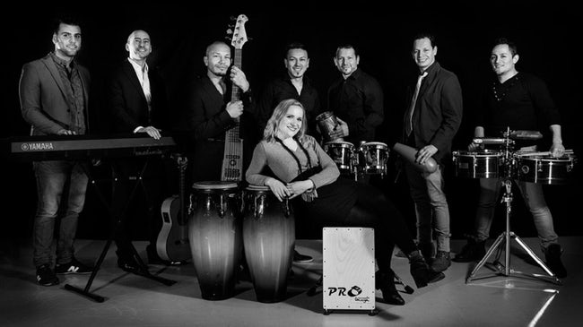 Salsa Groove Familia Credits: